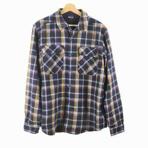 B44 Patagonia Plaid Button Up Long Sleeve Shirt